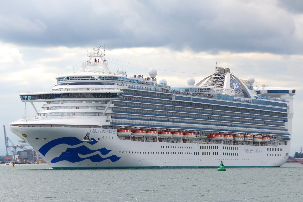Caribbean Princess departs Southampton